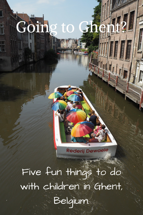 The city of Ghent is a hidden gem in Belgium that can be enjoyed by adults as well as children. Here you find a list of five fun things to do if you have brougt your kids to Ghent. | Ghent travel | Ghent with children | Ghent travelling | Ghent Belgium | Things to see in Ghent | Ghent itinerary |