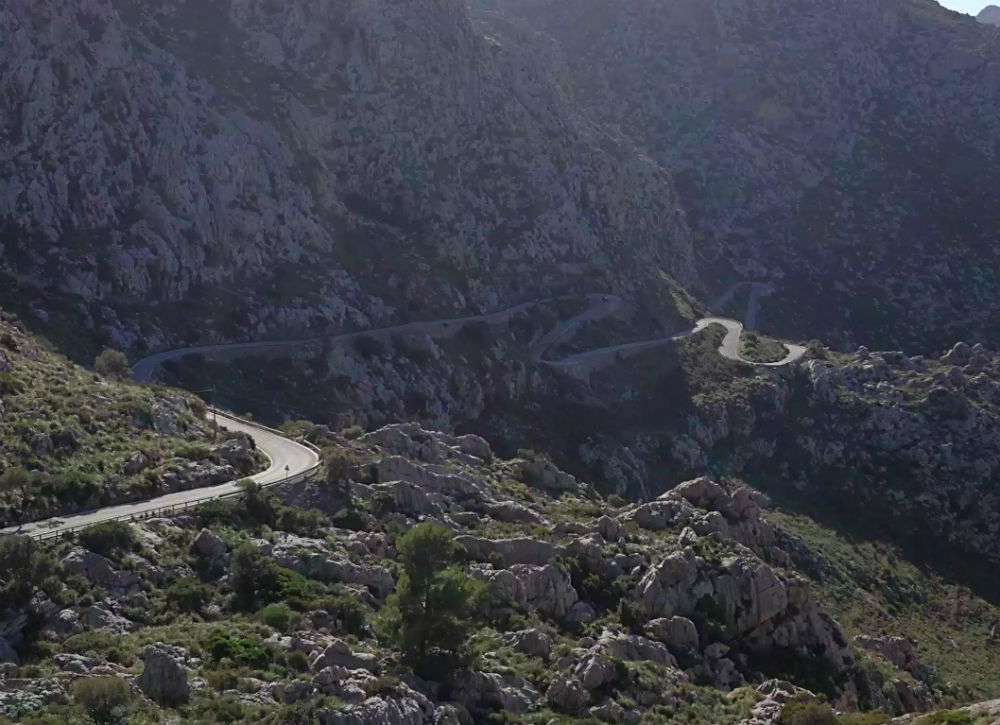 Hairpin road in Mallorca.